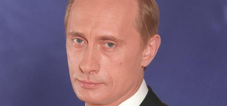 Putin ondertekent wet die homo-huwelijk definitief onmogelijk maakt