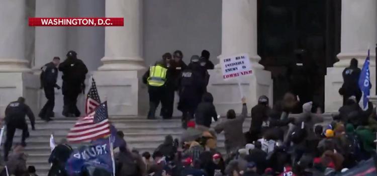 Aanhangers Trump bestormen Capitool