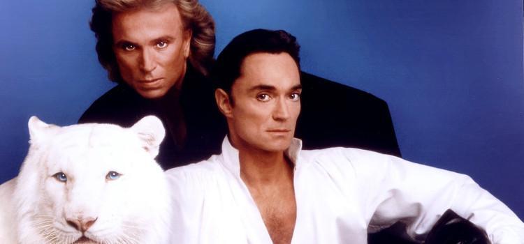 Helft van illusionistenduo Siegfried en Roy overleden aan coronavirus