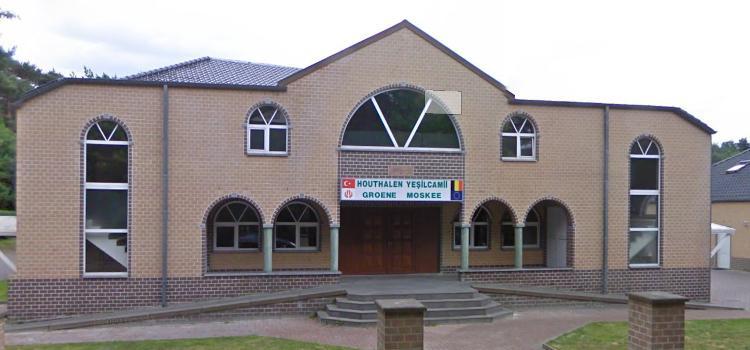 Minister Somers start opheffingsprocedure bij moskee na homofobe uitspraken