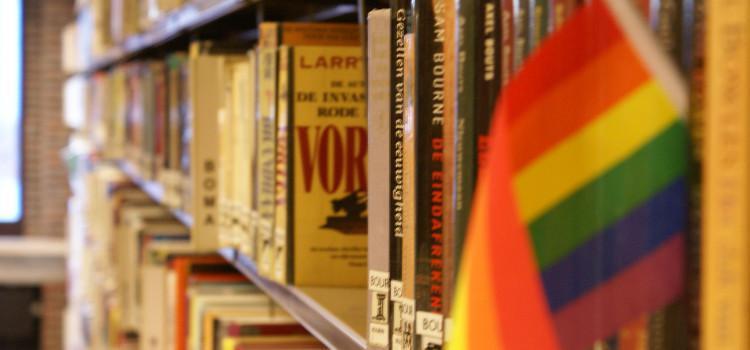LGBTQ-boekhandel Kartonnen Dozen doet oproep:Laat deze winkel niet verdwijnen