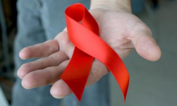 Wereldaidsdag: aantal diagnoses bij homomannen daalt met 21%, taboe blijft